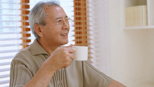 裕福に暮らす高齢者