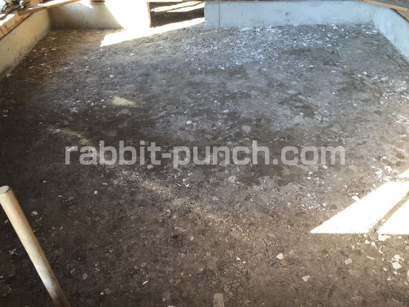 土間コンクリートの下地転圧