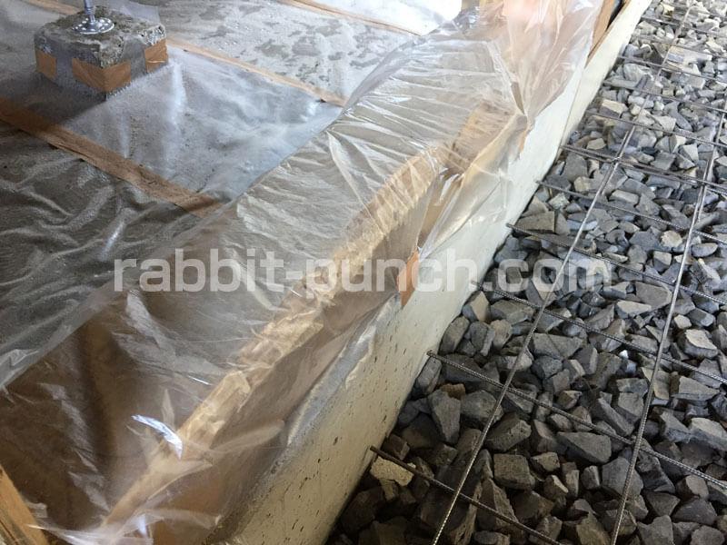 コンクリート打設の木部養生