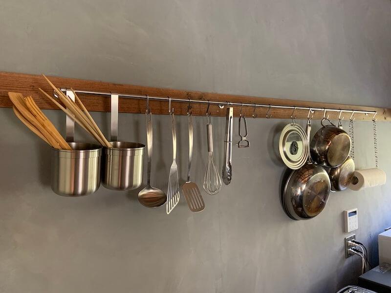 IKEAのようなおしゃれなキッチンツールフックの完成