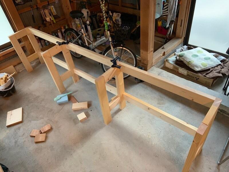 横長い棚枠が完成